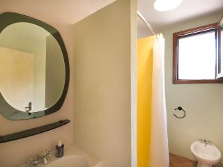 Nice 2 bedroom Pratovecchio Apartment with Internet Access - Pratovecchio vacation rentals