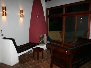 Lake Front, Villa Jaibalito,3 Bedrooms. - Santa Cruz La Laguna vacation rentals