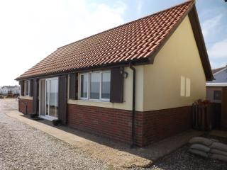 Beach View, Ostend Beach, Walcott, North Norfolk - Walcott vacation rentals
