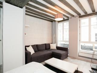 "Apartment 2 peoples in ""Le Marais"" by Weekome.fr - Paris vacation rentals"