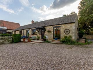 Haycroft stone barn conversion - Witney vacation rentals
