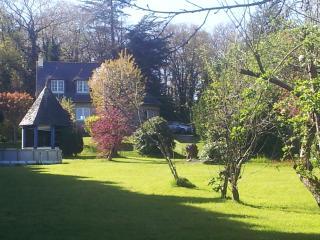 Beautiful Breton Holiday Home in Stunning Grounds with Swimming Pool - Sleeps 9+ - Plemet vacation rentals