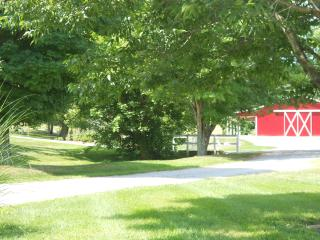 The Cottage at Brianza Gardens and Winery - Kentucky vacation rentals