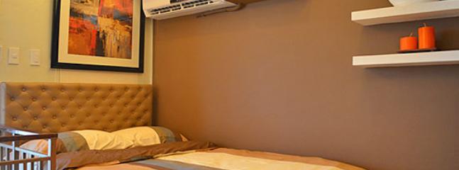 One (1) Bedroom Loft Condo - Makati vacation rentals