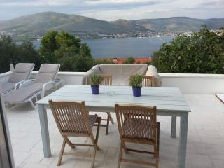 D&D house - Ciovo vacation rentals