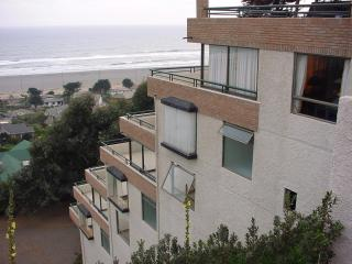 Apartment with incredible views of the sea and located in Rocas de Santo Domingo, Chile - Valparaiso Region vacation rentals