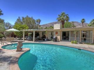 SG798 - Rancho Mirage Magnesia Falls Cove - 2 BDRM Plus Den, 2 BA - Rancho Mirage vacation rentals