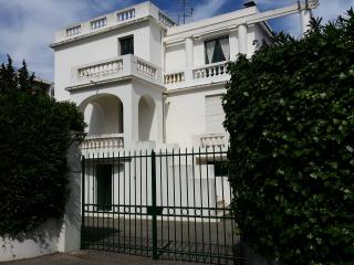 VILLA D'ESTE - Juan-les-Pins vacation rentals