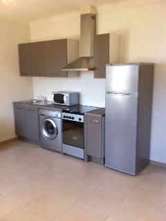 Bright 2 bedroom Apartment in Ile Rousse with Washing Machine - Ile Rousse vacation rentals