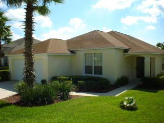 Spacious 4BR on a country club, 20min from Disney - WL1694E - Haines City vacation rentals