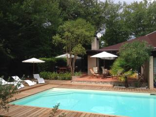 Villa 8/11 pers. piscine privée, golf et tennis - Bordeaux vacation rentals