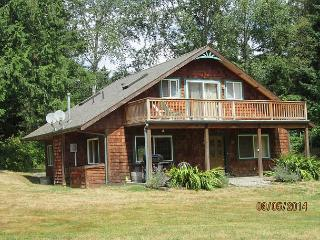 Perfect 3 bedroom Freeland House with Deck - Freeland vacation rentals