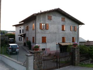 Nice Condo with Satellite Or Cable TV and Cleaning Service - Province of Reggio Emilia vacation rentals
