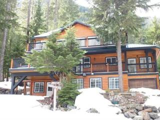 Five Bedroom Cabin in the Cascade Mountains, BC - Hope vacation rentals