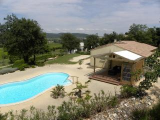 Comfortable Villa with Internet Access and Central Heating - Goudargues vacation rentals