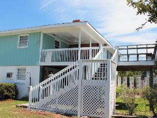 10 Center Terrace - Upstairs - Just One Block From The Beach - FREE Wi-Fi - Tybee Island vacation rentals