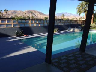 Mid Century Modern With Stunning Mountain Views - Palm Desert vacation rentals