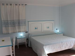 3 bedroom Bed and Breakfast with Deck in Ilbono - Ilbono vacation rentals