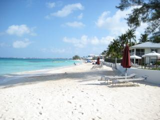SEVEN MILE BEACH : FALL 2014 SPECIAL !!!! - Grand Cayman vacation rentals
