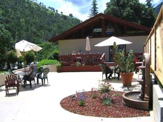 Canyon Creek Cottages near Napa & Lake Berryessa - Fairfield vacation rentals