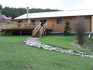 Creekside Cabin with Mountain Views - Hill City vacation rentals