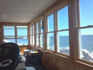 BEACON INN - OCEANFRONT, UNOBSTRUCTED VIEWS - Saco vacation rentals