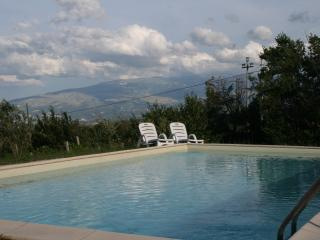 Lovely House with Outdoor Dining Area and Private Outdoor Pool - Civitaquana vacation rentals