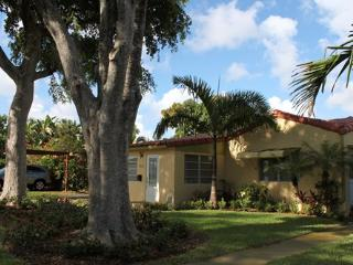 Beautiful 2/2,  house in  Fort Lauderdale - Fort Lauderdale vacation rentals