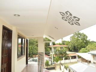 Comfortable 1 bedroom Apartment in Lapu Lapu - Lapu Lapu vacation rentals