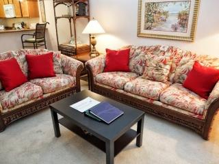 3 Bedroom 2 Bathroom 3rd Floor Condo with Pool View 615RR-32 - Ocoee vacation rentals