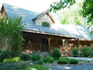 Beautiful House with Deck and A/C - Orange vacation rentals
