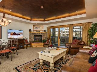 "Canyon Creek : Pool, Hot Tub, Fitness Room. 55"" TV - Steamboat Springs vacation rentals"