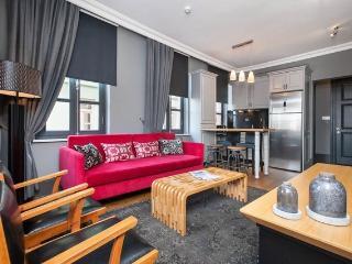 2BR★DELUXE★COZY★DESIGNER★GALATA! - Istanbul vacation rentals