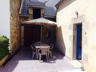 Nice House with Garage and Washing Machine - Vannes vacation rentals