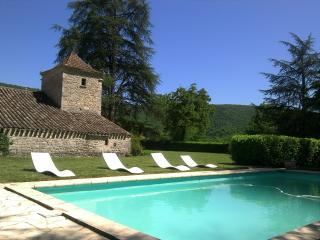 2 bedroom Gite with Internet Access in Saint-Antonin Noble Val - Saint-Antonin Noble Val vacation rentals