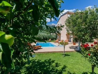 Villa Lucija with swimming pool near Trogir - Kastel Stari vacation rentals
