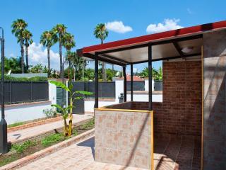 Holiday Sun Lodge Appartamento vacanze - Bungalow - Giardini Naxos vacation rentals