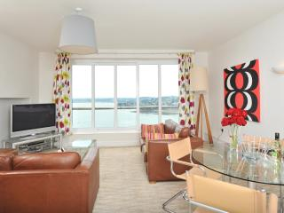17 Astor House Stunning sea views from balcony 2b - Torquay vacation rentals