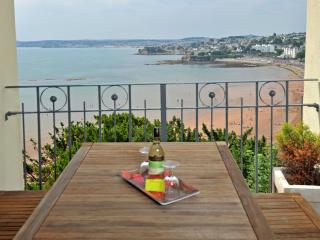 15 Astor House Stunning sea view forfamilies 2b 4p - Torquay vacation rentals