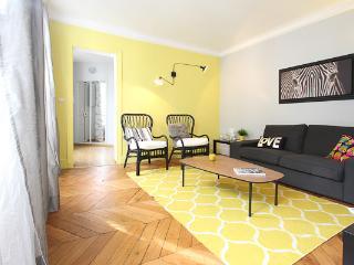 Stylish 2 Bedroom at Le Saint Michel in Paris - Paris vacation rentals
