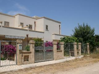 Chalet for Rent in Salento, holiday house SA107 - Santa Maria al Bagno vacation rentals