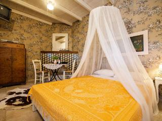 Guest house - Deluxe Studio - Heraklion vacation rentals