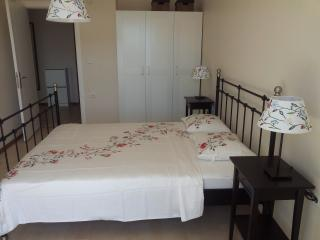 Romantic Condo with Internet Access and Satellite Or Cable TV - Seferihisar vacation rentals