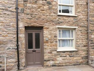 MINI MILESTONE gas stove, WiFi, great base for walking, in Sedbergh, Ref 914704 - Sedbergh vacation rentals