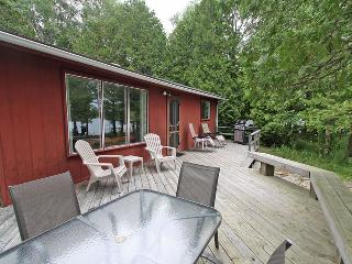George's Place cottage (#135) - Miller Lake vacation rentals