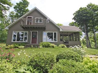 3 bedroom Cottage with Porch in Williamsford - Williamsford vacation rentals