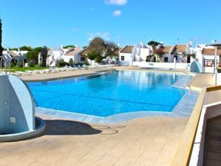 Reggae Green Villa, Cabanas de Tavira, Algarve - Tavira vacation rentals