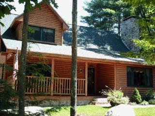 Rustic Luxury - Sleeps 14, Hot Tub, Game Room, Bar - Western Maine vacation rentals