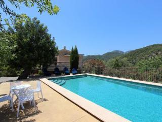 Beautiful 4 bedroom Villa in Esporles - Esporles vacation rentals