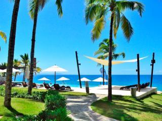 Luxury condo on the beach - Sosua vacation rentals